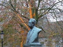 Statue Dans Un Square