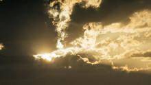 Nubes De Un Atardecer En Almer...
