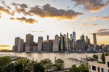 Manhattan skyline view from Brooklyn Heights promenade, Brooklyn, New York