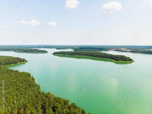 Fototapeta Jezioro las wdzydze kiszewskie kaszuby z drona obraz