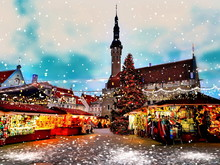 Christmas Tallinn Old  Town Hall Square Winter Night Marketplace And  Tree Light Decoration ,  Holiday Celebration In Europe  Blurred Night  Light ,snowflakes Fall  ,travel  Estonia