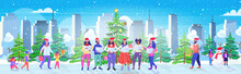 People With Sheet Books Giving Performance Merry Christmas Happy New Year Holidays Celebration Concept Mix Race Men Women Standing Near Fir Tree Modern Cityscape Background Full Length Horizontal