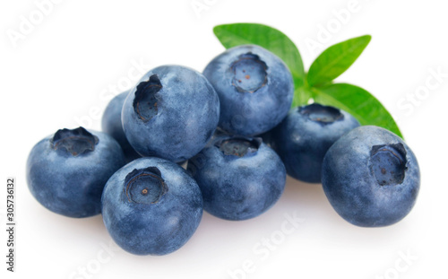 Papel de parede Fresh blueberry on white background
