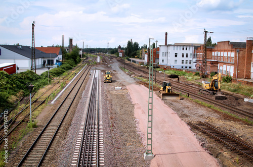 Obraz Blick auf Details auf einer Baustelle der Bahn - fototapety do salonu