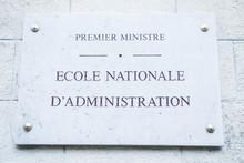Premier Miniatre, Ecole Nation...