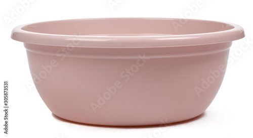 Fotografía  Plastic empty basin isolated on white background