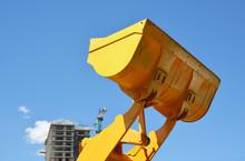 Bulldozer Lifting Bucket. Exca...