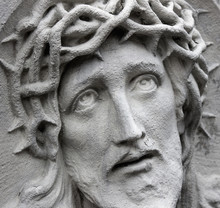 The Face Of Jesus Christ Suffe...