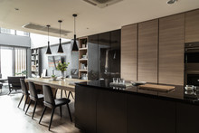 Stylish Dining Area In Modern ...