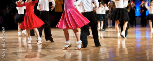 Fotografía  Girl and boy dancer latino international dancing