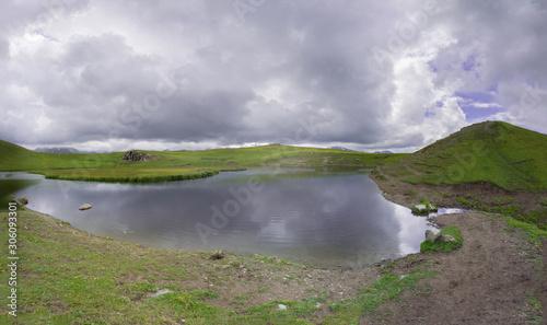 Photo A small lake near the gorge