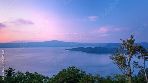Photo 青森県_十和田湖の夕景