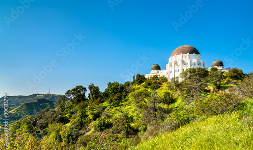 Canvas-taulu The Griffith Observatory on Mount Hollywood in Los Angeles, California