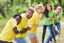 Tauziehen Als Übung Im Teambuilding Workshop