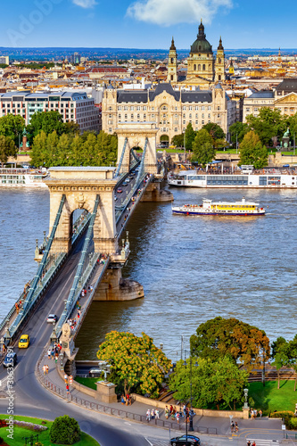 Budapest mit Donau und Kettenbrücke Canvas Print