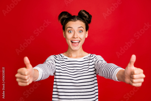 Foto auf Leinwand Individuell Look good sales. Portrait of amazed crazy funky girl promoter show thumb up sign select suggest perfect adverts wear stylish white clothes isolated red color background