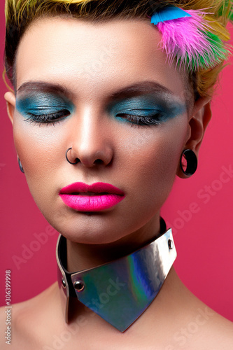 Photo Beautiful girl look in glam rock style