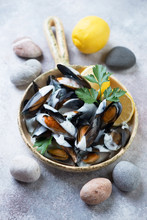 Freshly Cooked Mussels With Ch...