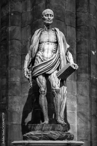 Fotografia Milan, Italy - March 8, 2019: Statue of St