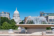 Wisconsin State Capitol Buildi...