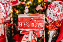 Santa's Christmas Red Letter Box
