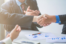 Soft Focus,A Group Of Businessmen Are Handshake Together To Show The Symbol Of Congratulations That The Deal Has Been Completed.