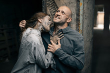 Female Zombie Bites A Man In T...