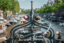 Voyage à Amsterdam Dans La Ca...