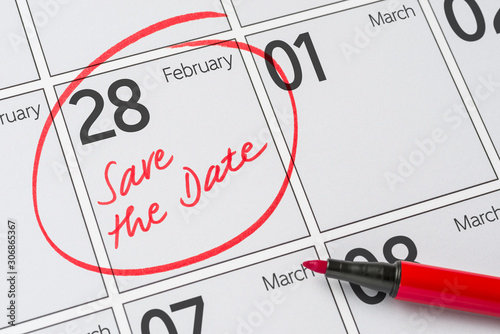 Tela  Save the Date written on a calendar - February 28