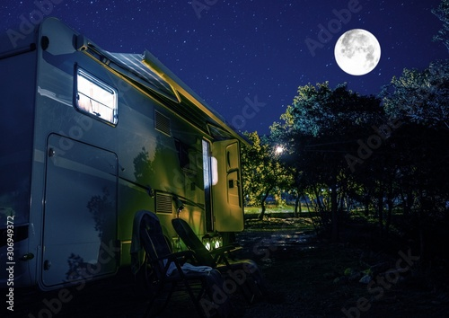 fototapeta na szkło Summer Night RV Camping