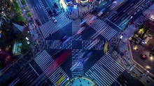 4K, Time Lapse People Passing The Street Crossing In Ginza District, Tokyo. Crosswalk. Intersection At Night In Tokyo Japan