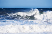 Big Blue Ocean Wave Crashing N...