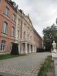 DasKurfürstliche Palaisin der StadtTrierwar vom 17.Jahrhundert bis 1794 Residenz derTrierer Kurfürsten, das heißt derTrierer Erzbischöfe.