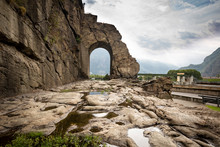 Ancient Roman Road And Arch In...