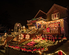 Decorated Houses With Christma...