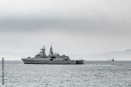 Cuadros en Lienzo South African Navy Frigate warship