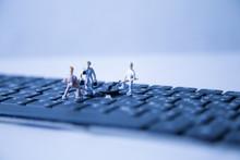 Miniature People Keyboard Blac...