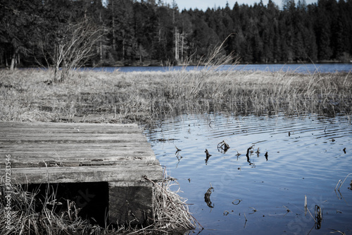 Place at the Lake to let one's soul dangle Canvas Print