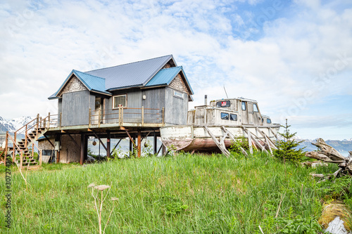 House on stilts and boat in Seward, Alaska Tablou Canvas