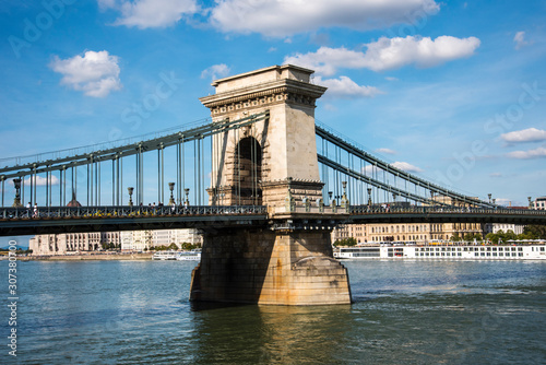 Tablou Canvas Budapest the Capital city of Hungary is divided by the River Danube