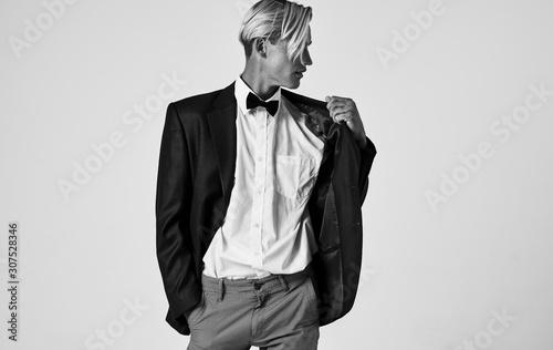 man in suit Canvas-taulu