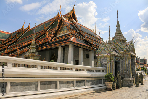 Grand palace and Wat phra keaw or Temple of the Emerald Buddha  is one of the mo Canvas Print
