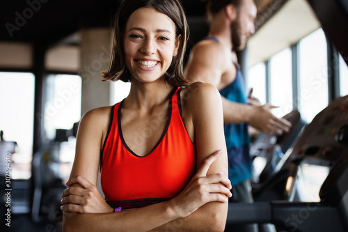 Close up image of attractive fit woman in gym Obraz na płótnie
