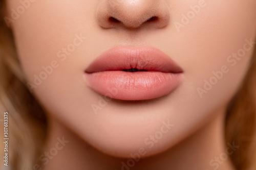Fotografiet Beautiful lips Close-up
