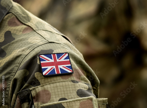 Foto Flag of United Kingdom on military uniform