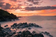 Brilliant Hawaiian Sunset Sett...