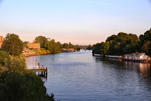 River Thames And North And Sou...