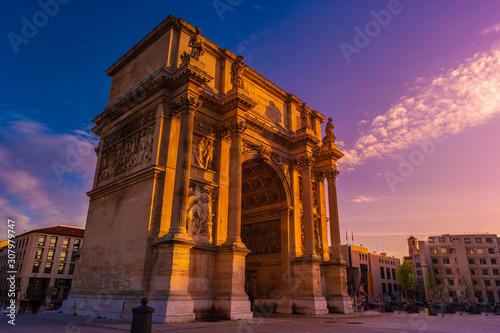 Fotografía Porte Royale - triumphal arch in Marseille, France.