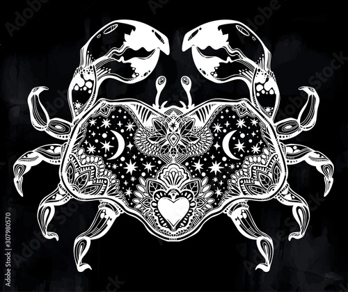 Photo Highly detailed tribal wild bohemian Crab sea shellfish in ornament flash tattoo style with heart