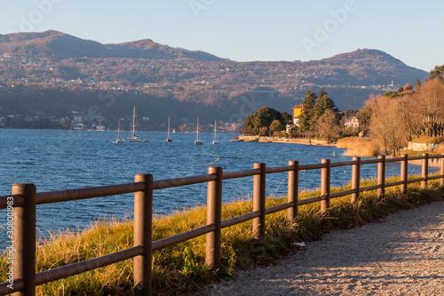 Fotografering Scorci del lungolago di Angera, Lago Maggiore, Varese, Lomabardia, Italia